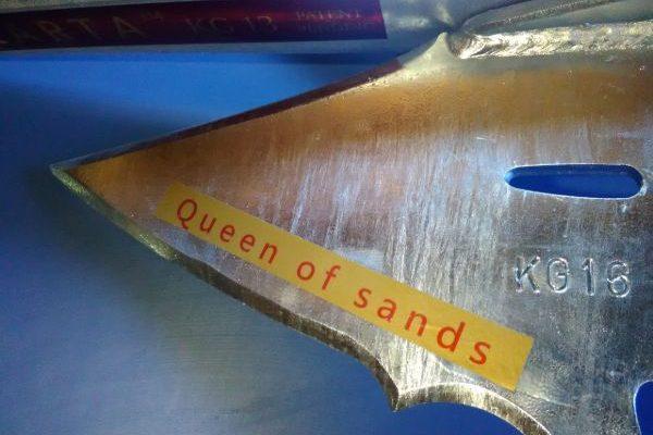 queen anchor